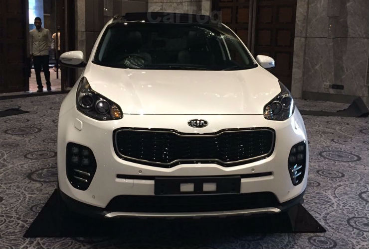 7 Kia Cars showcased in India at Kia dealer roadshow