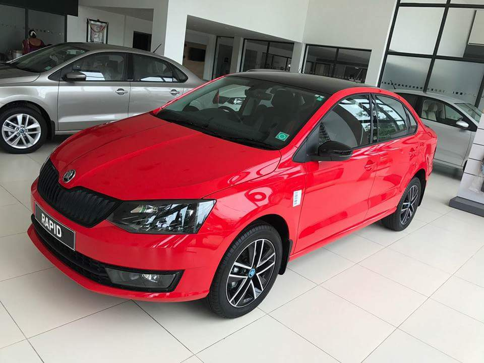 Skoda Rapid Monte Carlo front three quarters left side live image
