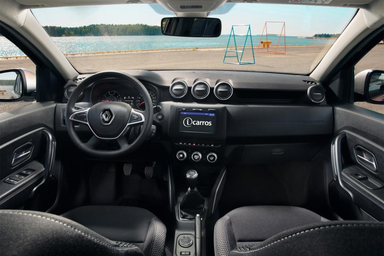 Brazilian-spec 2018 Renault Duster dashboard rendering