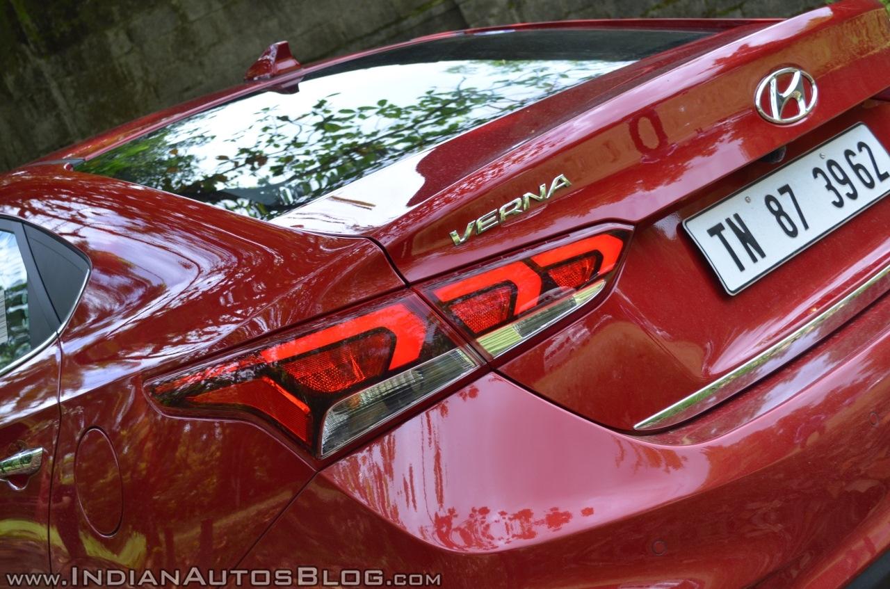 Hyundai Verna 2017 test drive review tail lamp