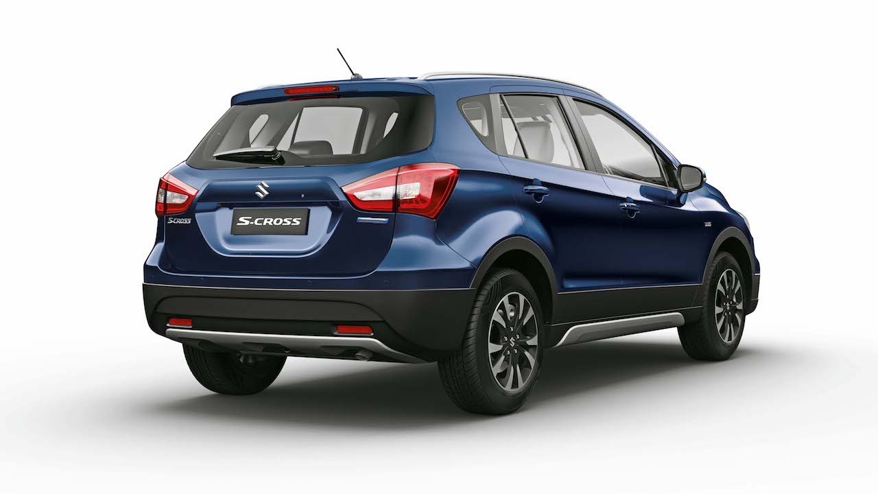 Indian-spec 2017 Maruti S-Cross rear three quarters right side