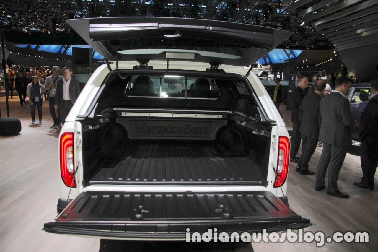 mercedes x class accessories tailgate at the iaa 2017. Black Bedroom Furniture Sets. Home Design Ideas