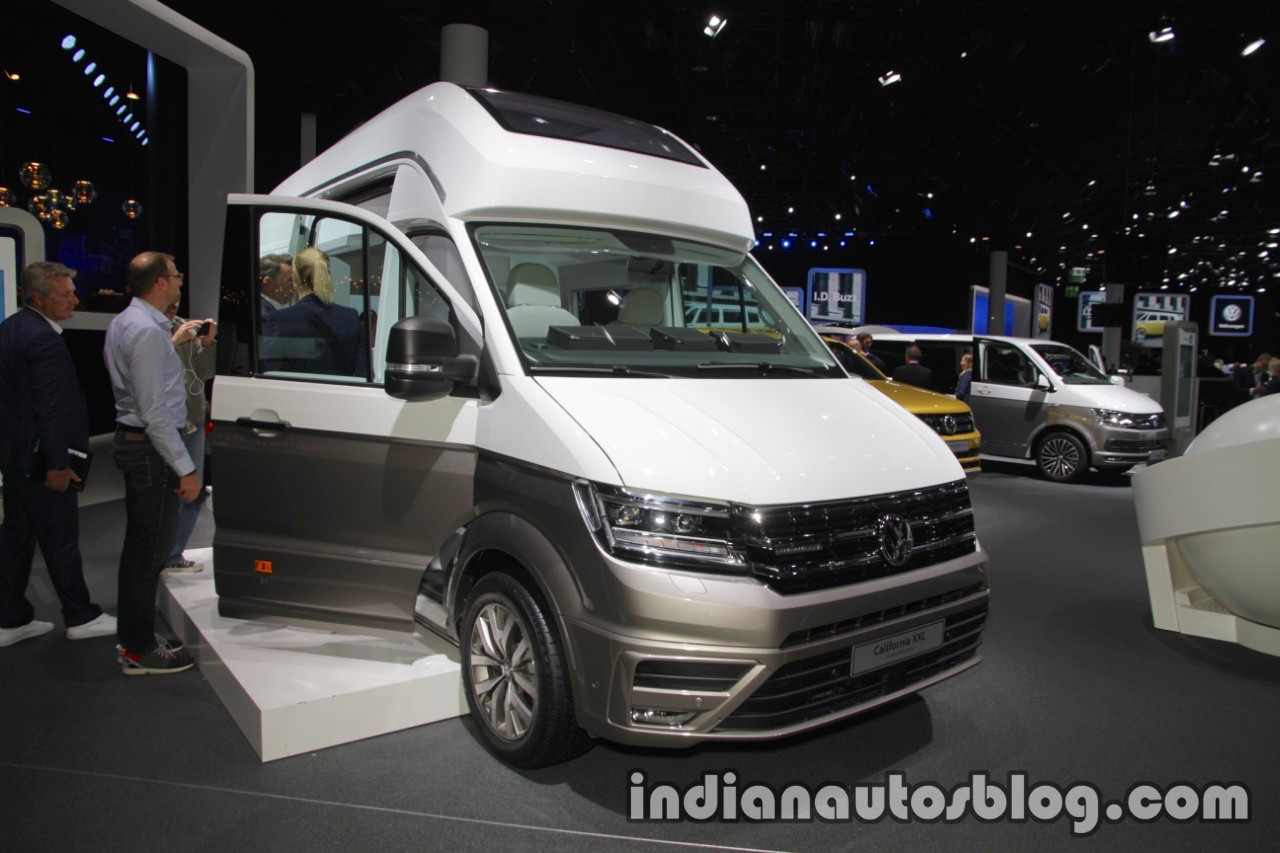 volkswagen california xxl concept showcased at iaa 2017 live. Black Bedroom Furniture Sets. Home Design Ideas