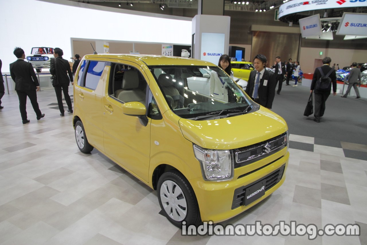 2017 Suzuki WagonR front three quarters right side at 2017 Tokyo Motor Show
