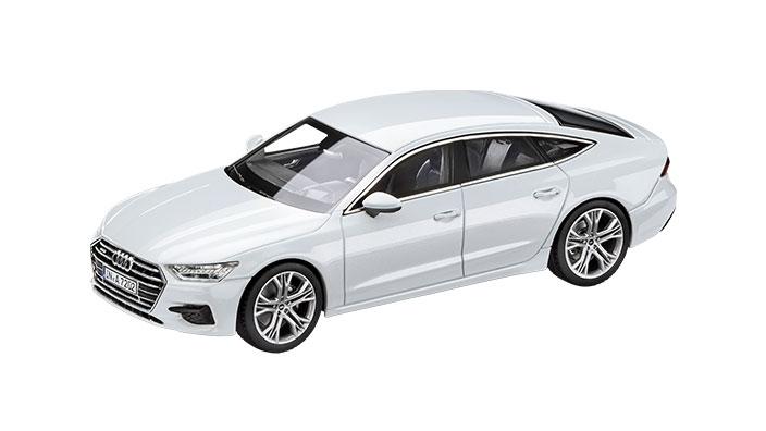2018 Audi A7 Sportback Glacier White front three quarters