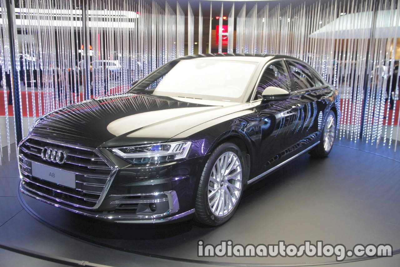 2018 Audi A8 front three quarters left side at 2017 Tokyo Motor Show