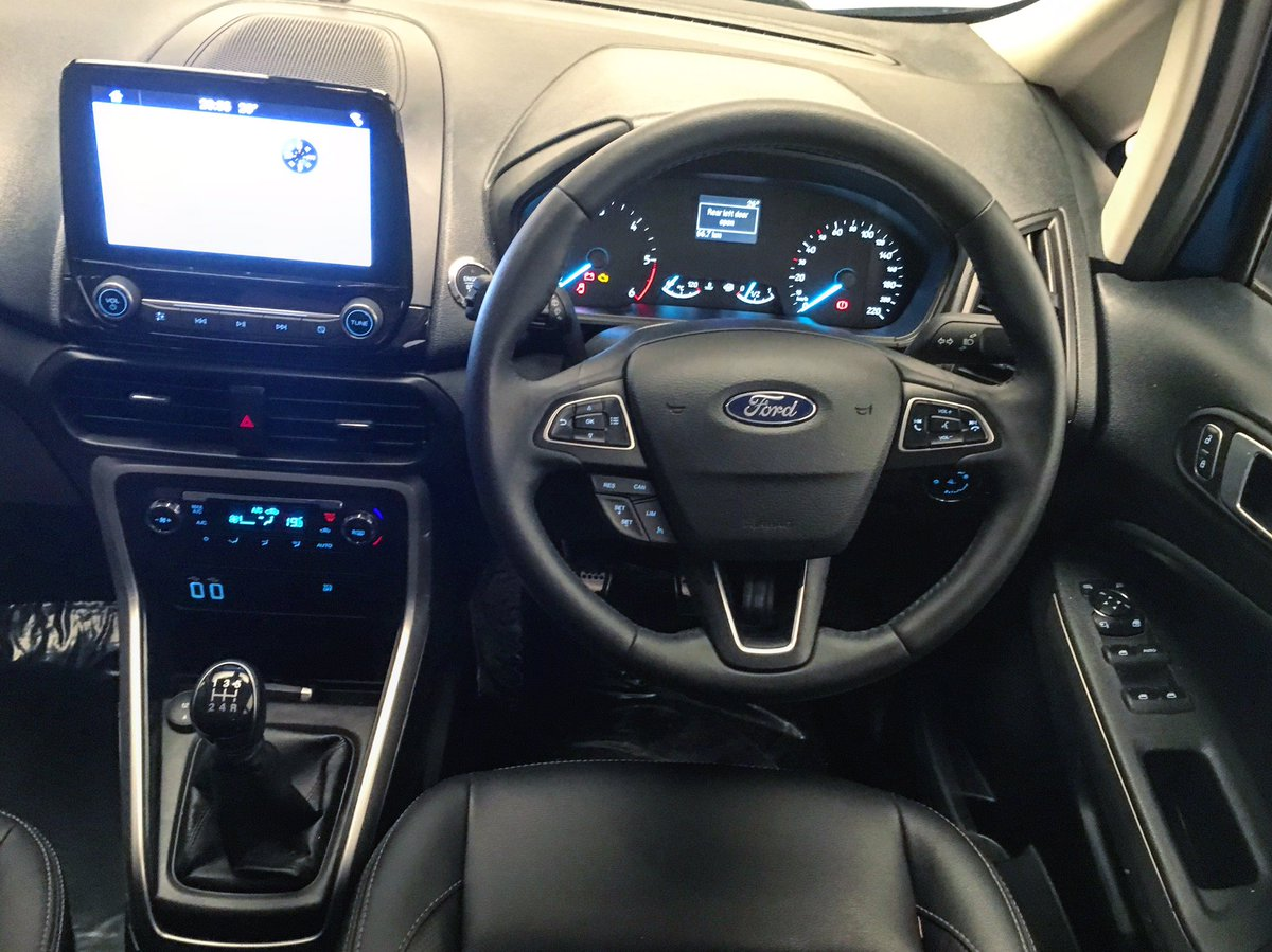 2018 Ford EcoSport facelift India-spec dashboard
