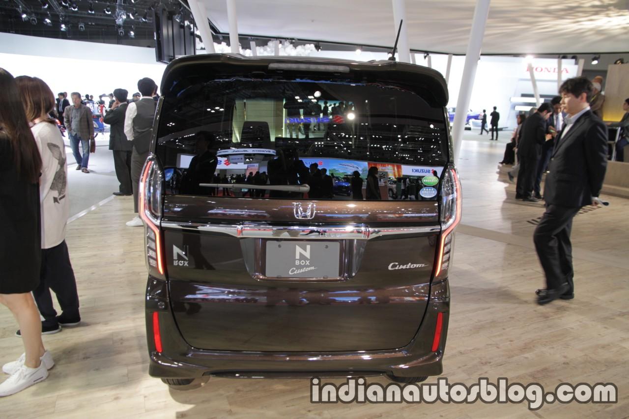 2018 Honda N-Box Custom rear at 2017 Tokyo Motor Show