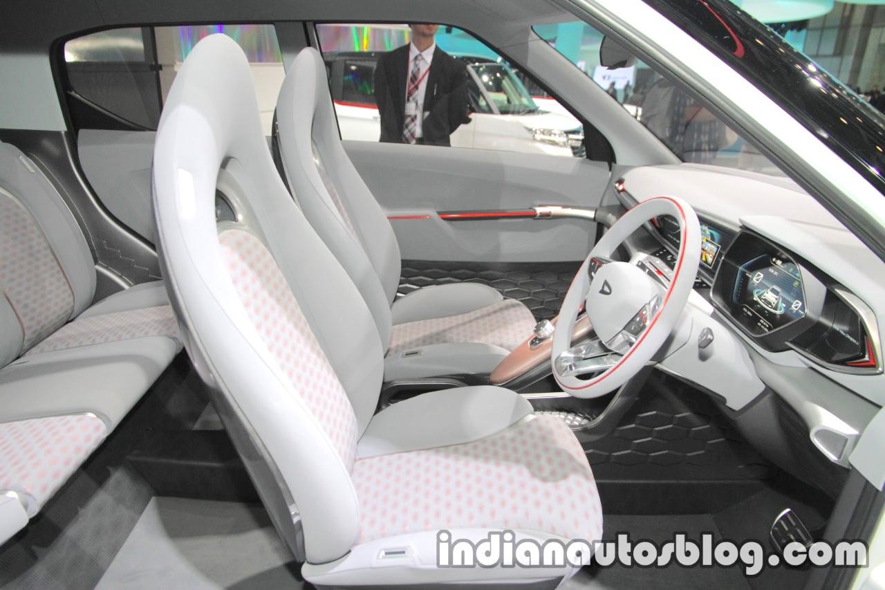 Daihatsu DN Trec Concept front seats at 2017 Tokyo Motor Show