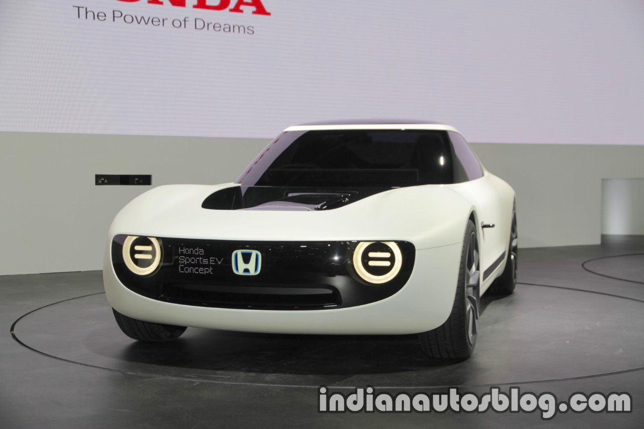 Honda Sports EV Concept front three quarters left side at 2017 Tokyo Motor Show