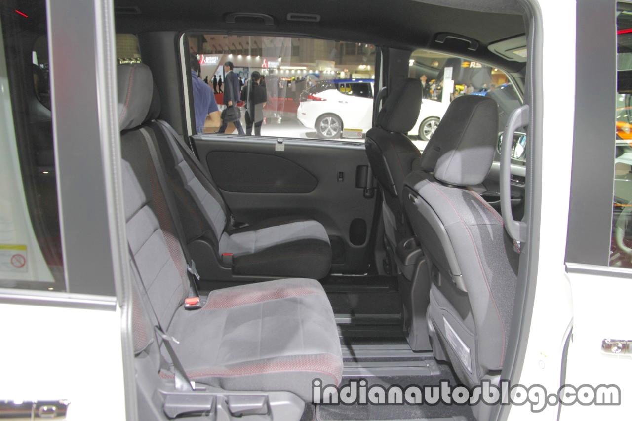 Nissan Serena Nismo interior at the Tokyo Motor Show