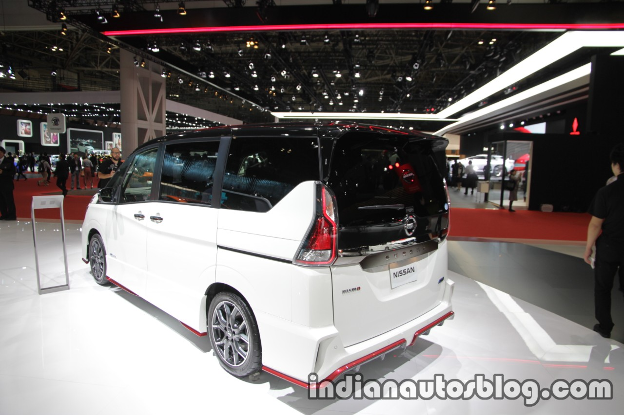 Nissan Serena Nismo rear three quarters at the Tokyo Motor Show