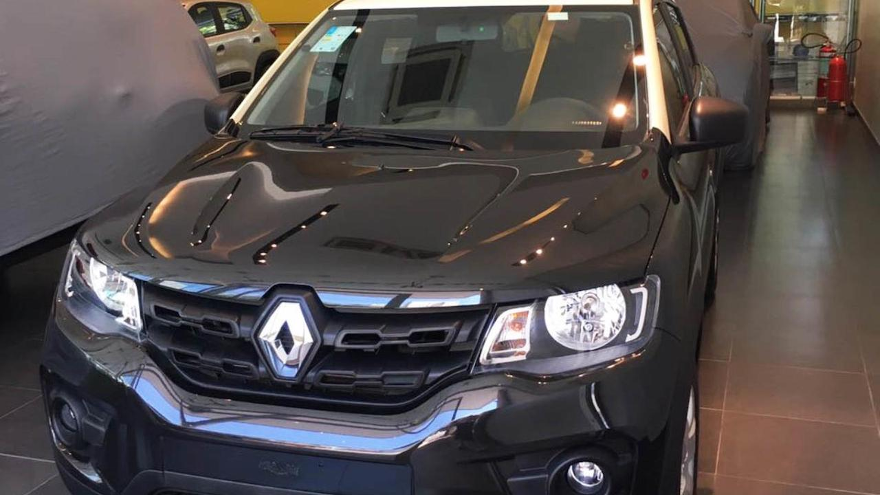 Renault Kwid Bicolour Introduced In Brazil In 5 Live Images