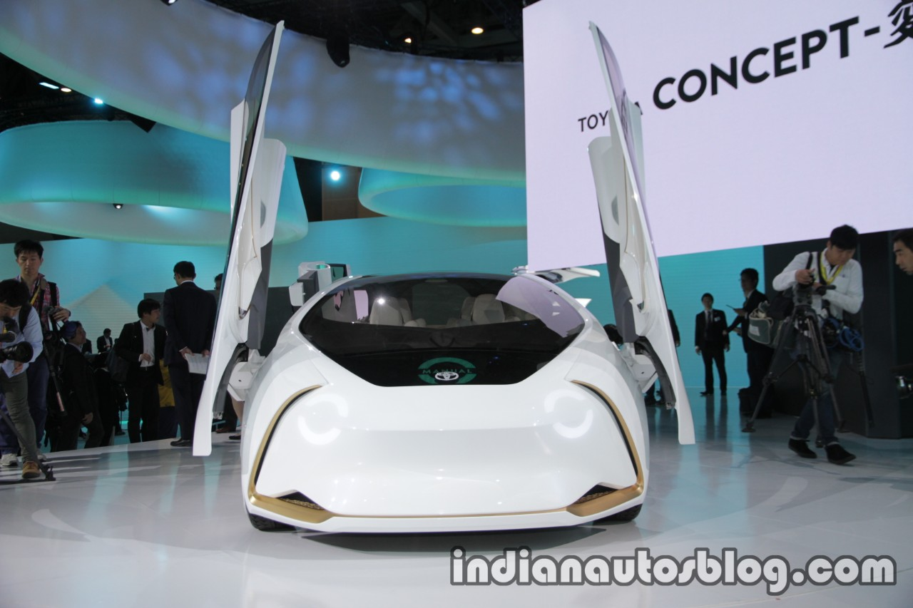Toyota Concept-i front at 2017 Tokyo Motor Show