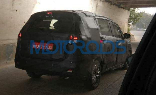 2018 Maruti Ertiga spy picture rear three quarters