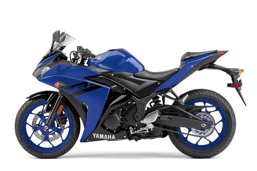 2018 Yamaha YZF-R3 press shot left side