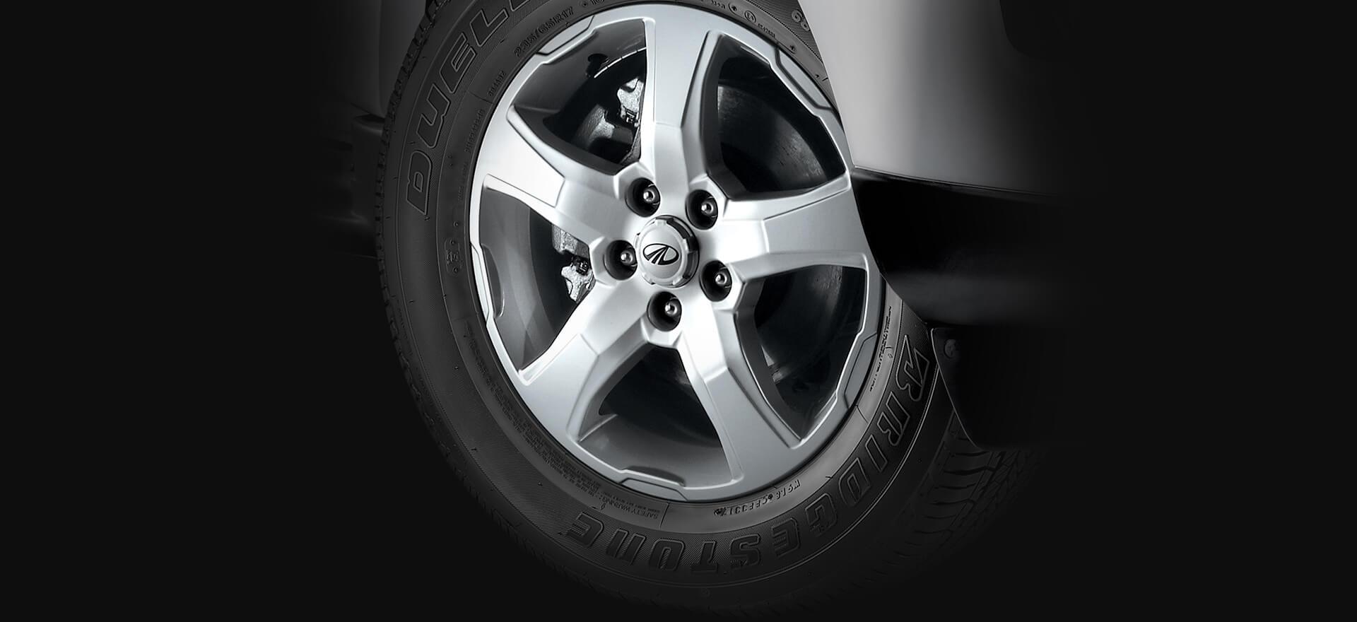 Mahindra Scorpio 2017 facelift alloy wheels