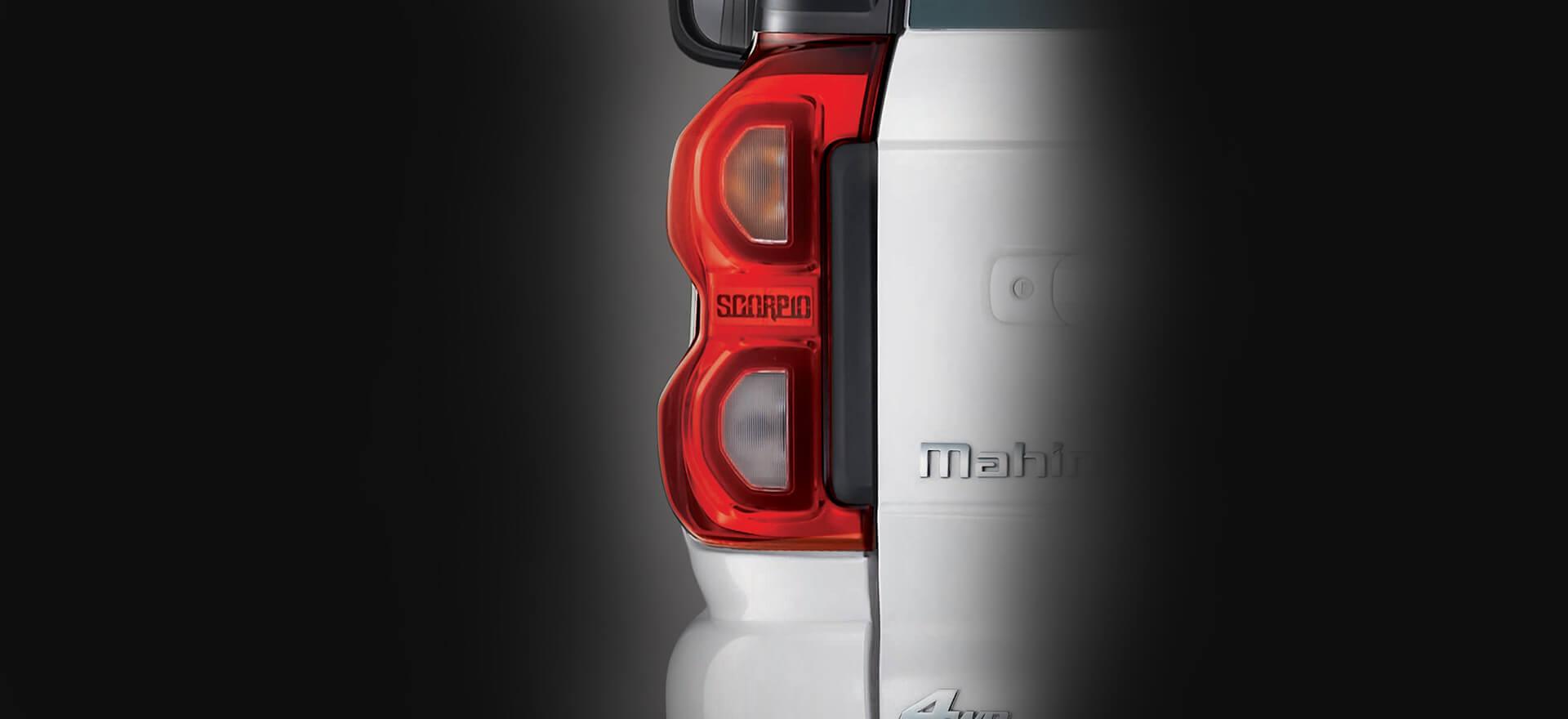 Mahindra Scorpio 2017 facelift tail lamp