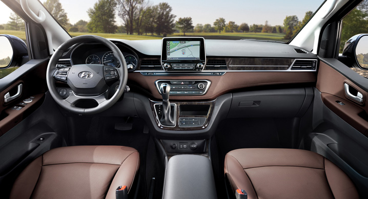 2018 Hyundai Grand Starex facelift interior