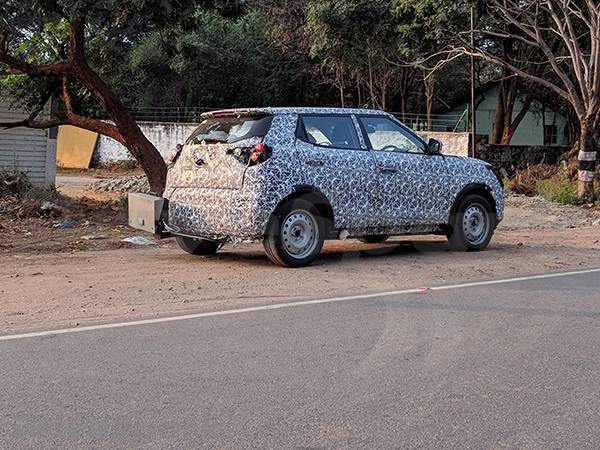 Mahindra S201 sub-4 m variant rear three quarters