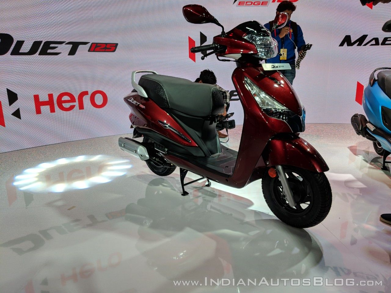Hero Duet 125 front right quarter at 2018 Auto Expo