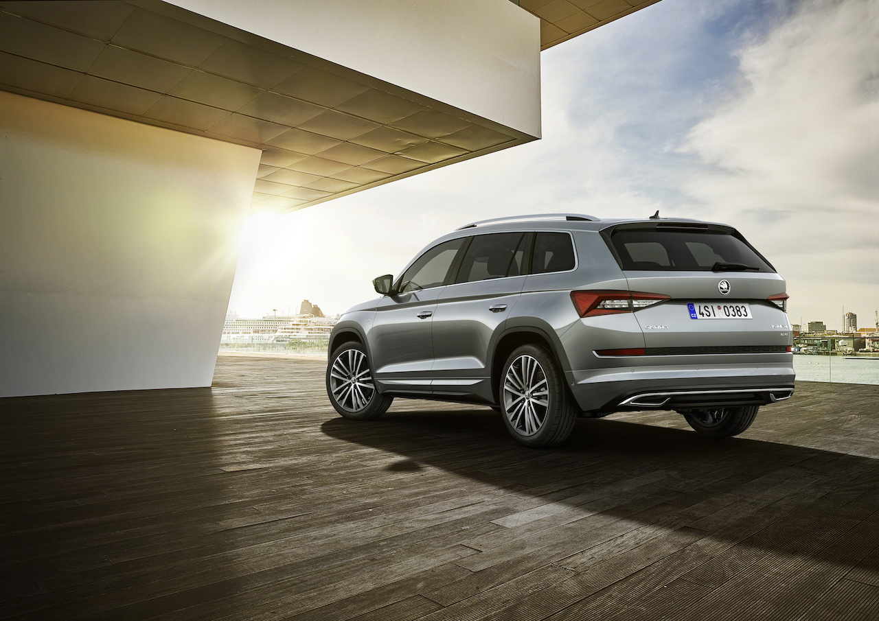 Skoda Kodiaq L&K rear three quarters