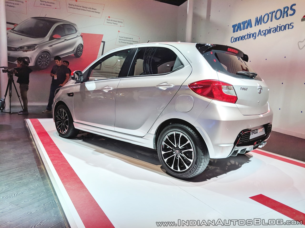Tata Tiago JTP rear three quarters left side at Auto Expo 2018