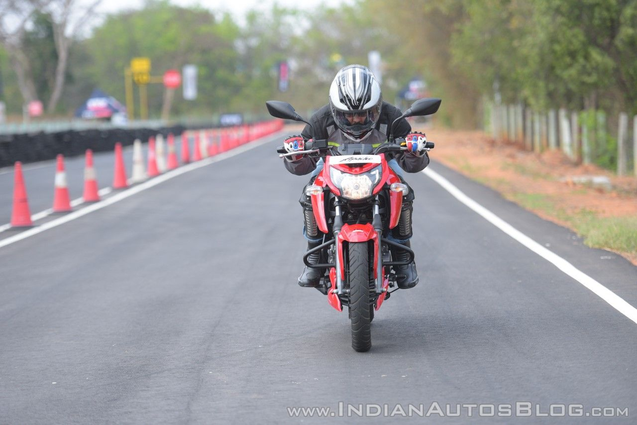 2018 TVS Apache RTR 160 4V First ride review front action crouched