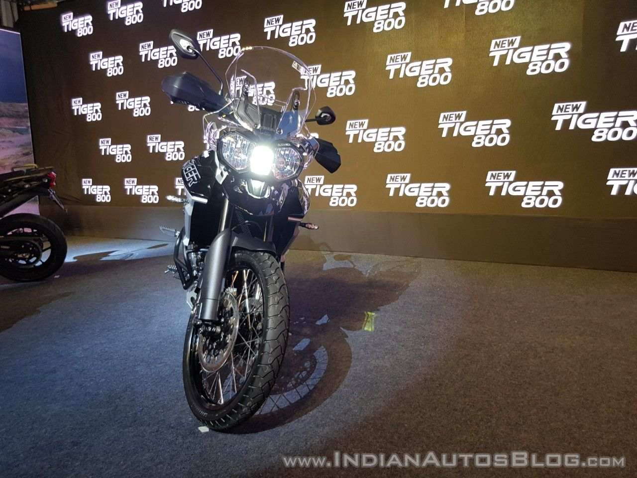 2018 Triumph Tiger 800 XCx India launch front