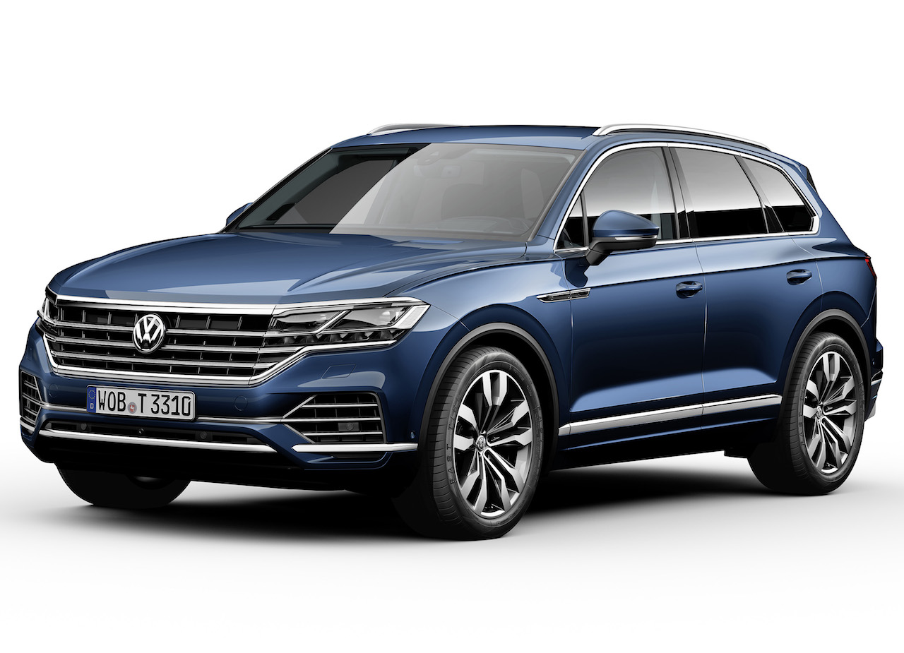 2018 VW Touareg front three quarters