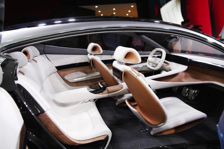Hyundai Le Fil Rouge interior at 2018 Geneva Motor Show