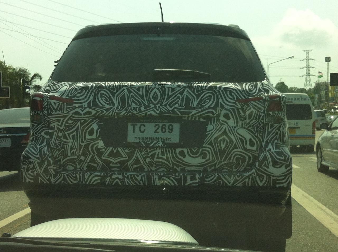 Nissan Terra Thailand spy shot