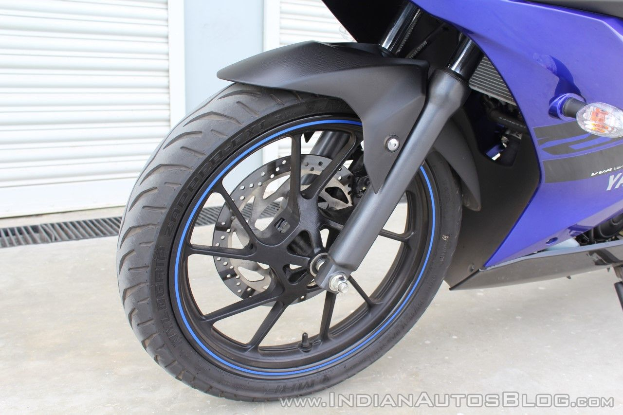 Yamaha YZF-R15 v3.0 track ride review front suspension