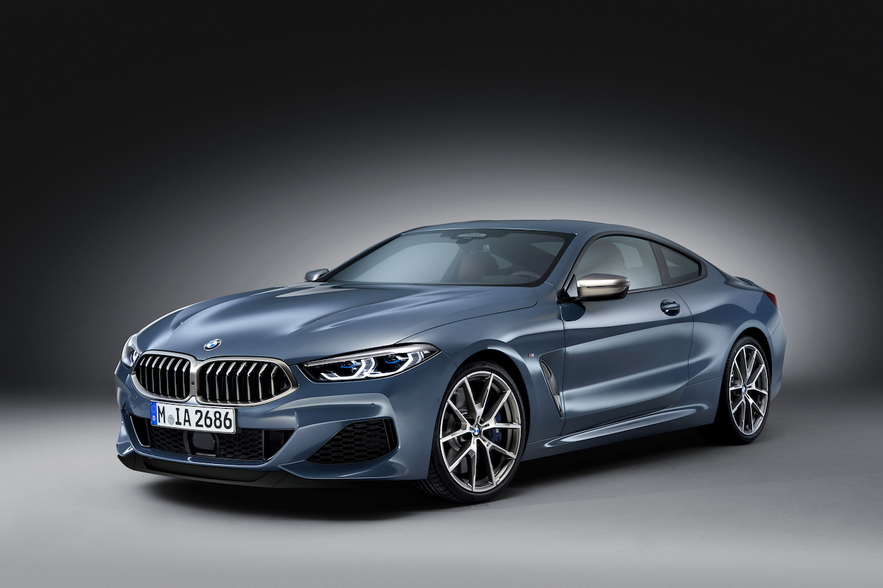 2018 BMW 8 Series Coupe front three quarters