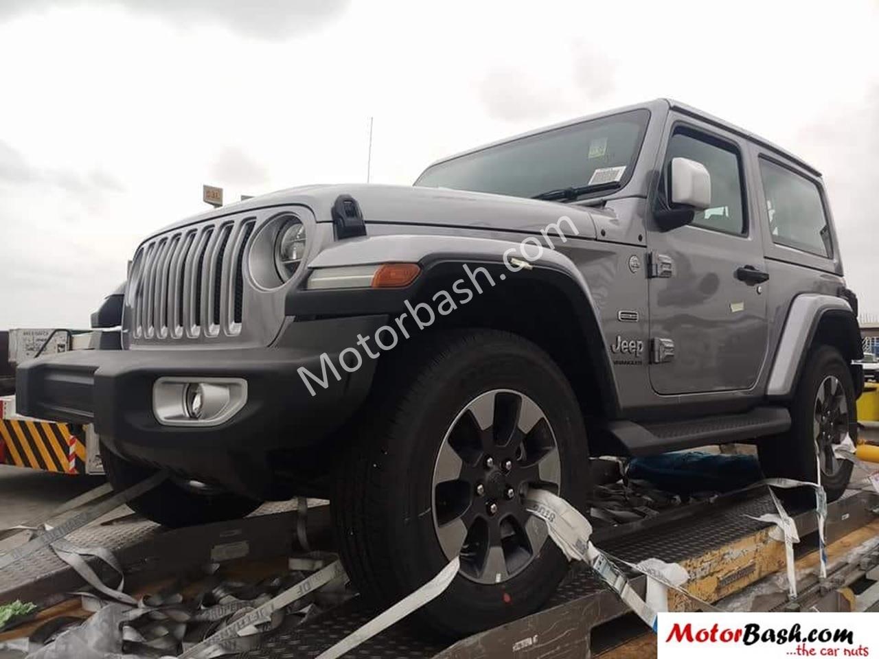 2018 Jeep Wrangler 2-door front three quarters spy shot India