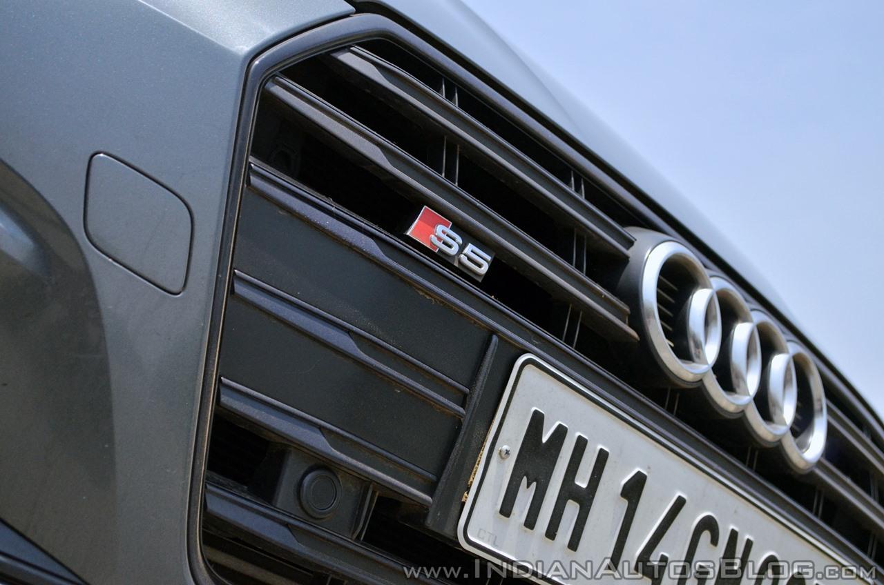 Audi S5 review badge
