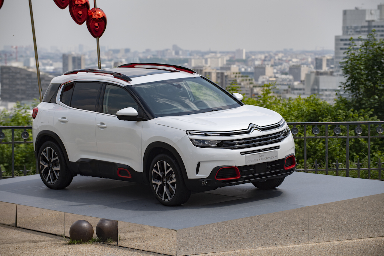 Citroen C5 Aircross white front three quarters