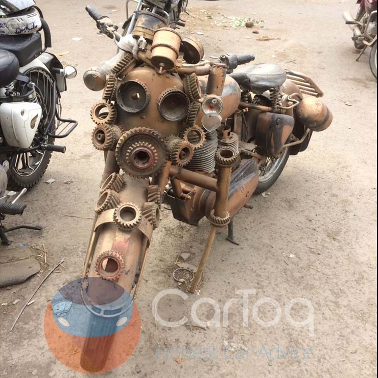 modified-royal-enfield-mad-max-images-2