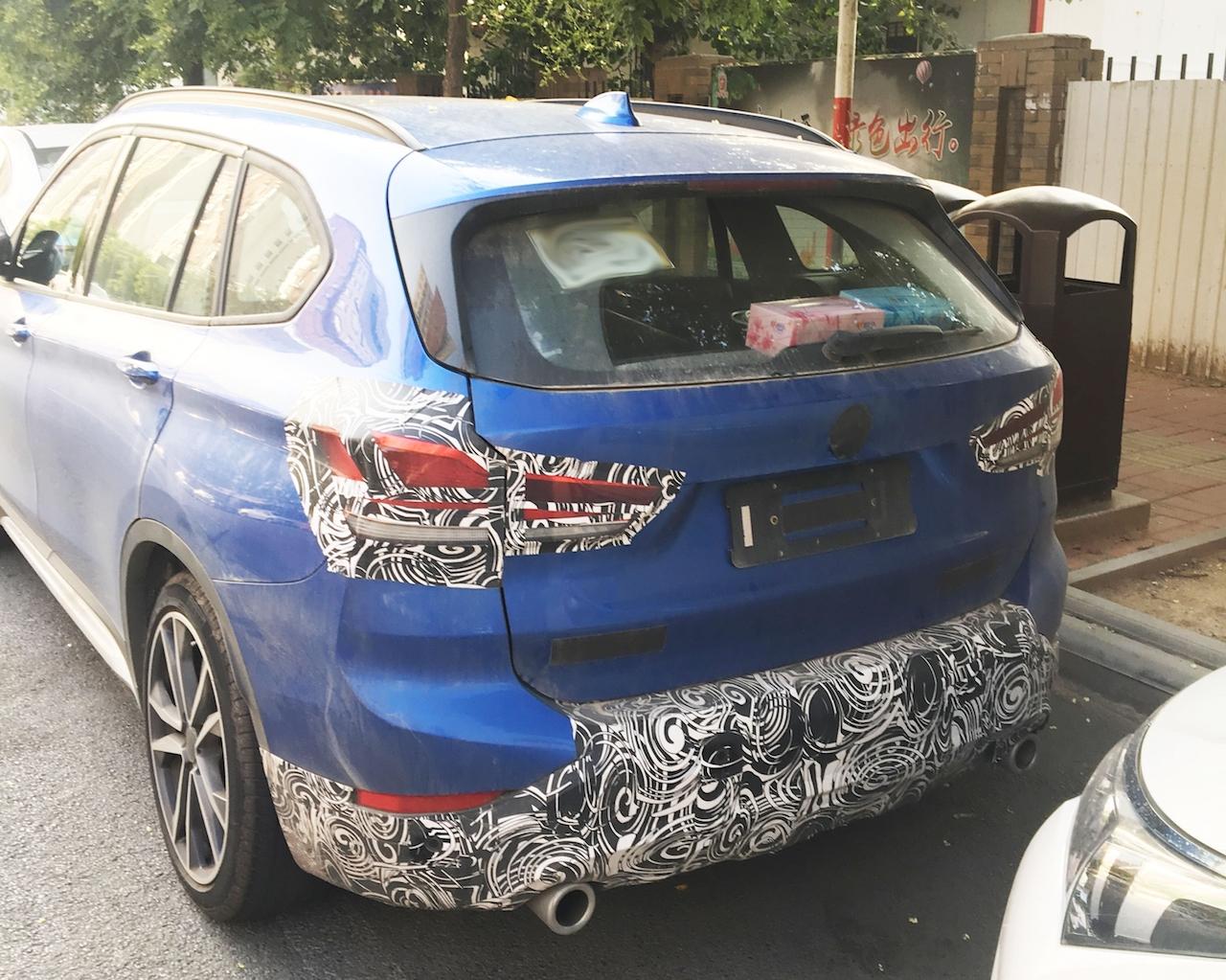 2019 BMW X1 (facelift) rear three quarters spy shot