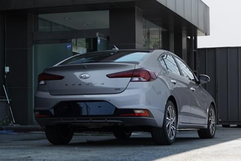 2019 Hyundai Elantra 2018 Hyundai Avante Rear Three Quarters Spy Photo