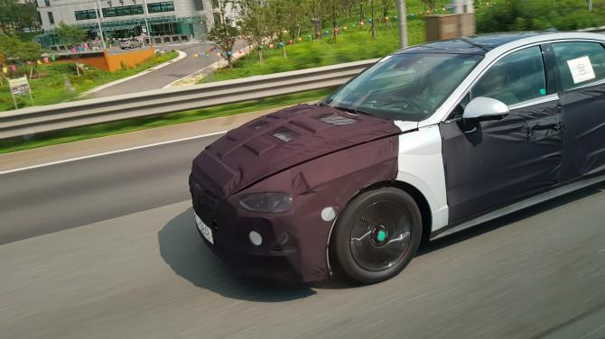 2020 Hyundai Sonata exterior spy shot
