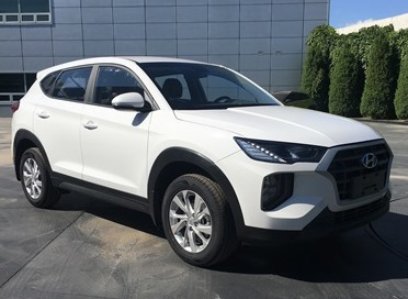 Chinese-spec 2019 Hyundai Tucson (facelift) front three quarters