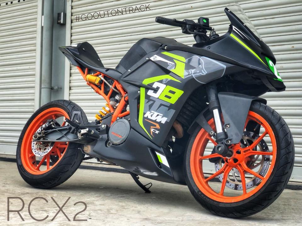 ktm rc 390 with rcx2 race kit by autologue design. Black Bedroom Furniture Sets. Home Design Ideas
