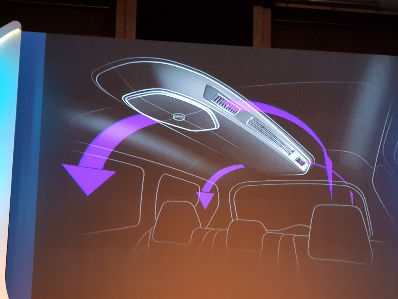 Mahindra Marazzo roof-mounted air vents teaser image
