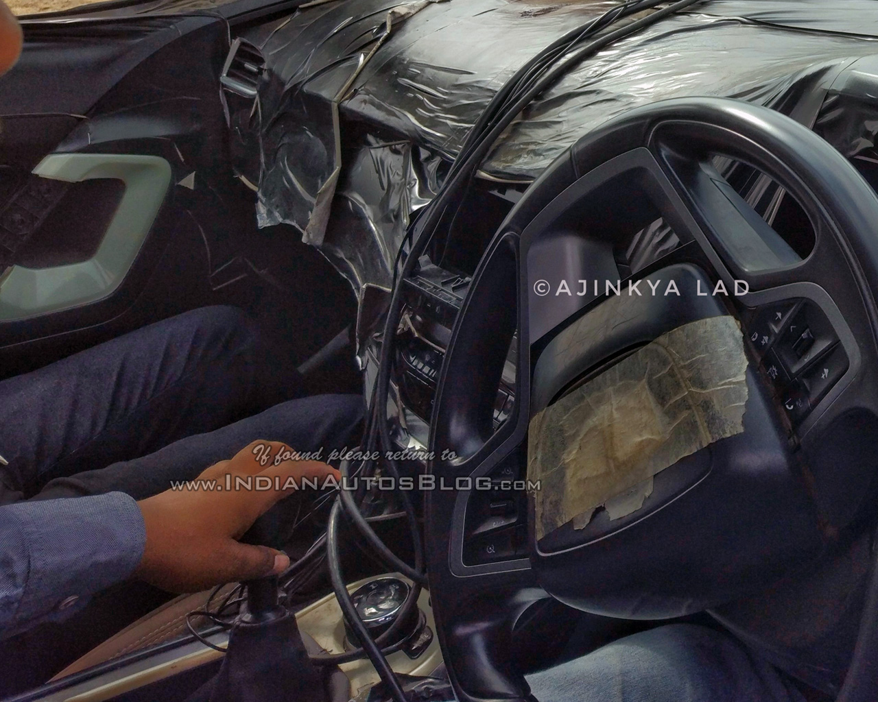 Tata Harrier Interior Spy Shots Reveal New Details Amp Features