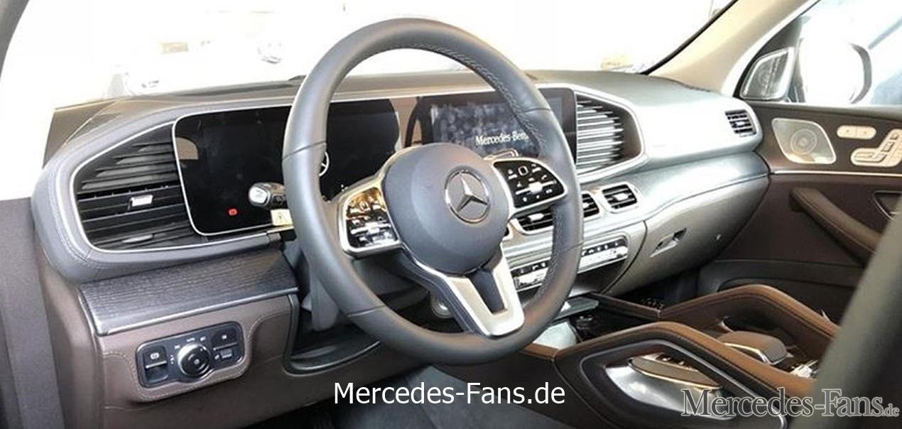 2019 Mercedes GLE interior dashboard leaked image