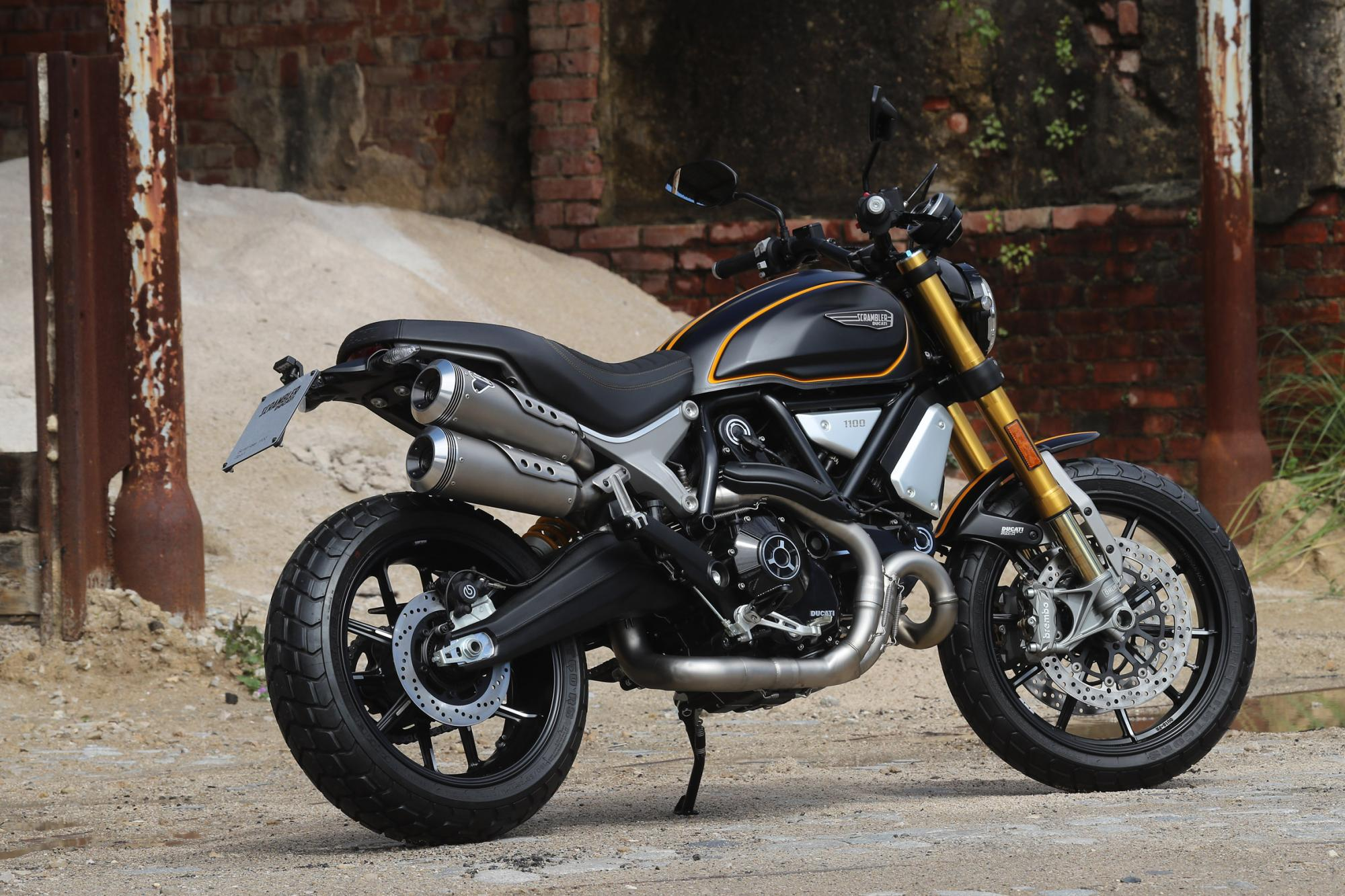 ducati scrambler 1100 range launched in india priced from inr lakh. Black Bedroom Furniture Sets. Home Design Ideas