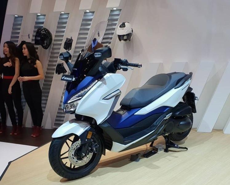 Honda Forza 250 at GIIAS 2018 side profile