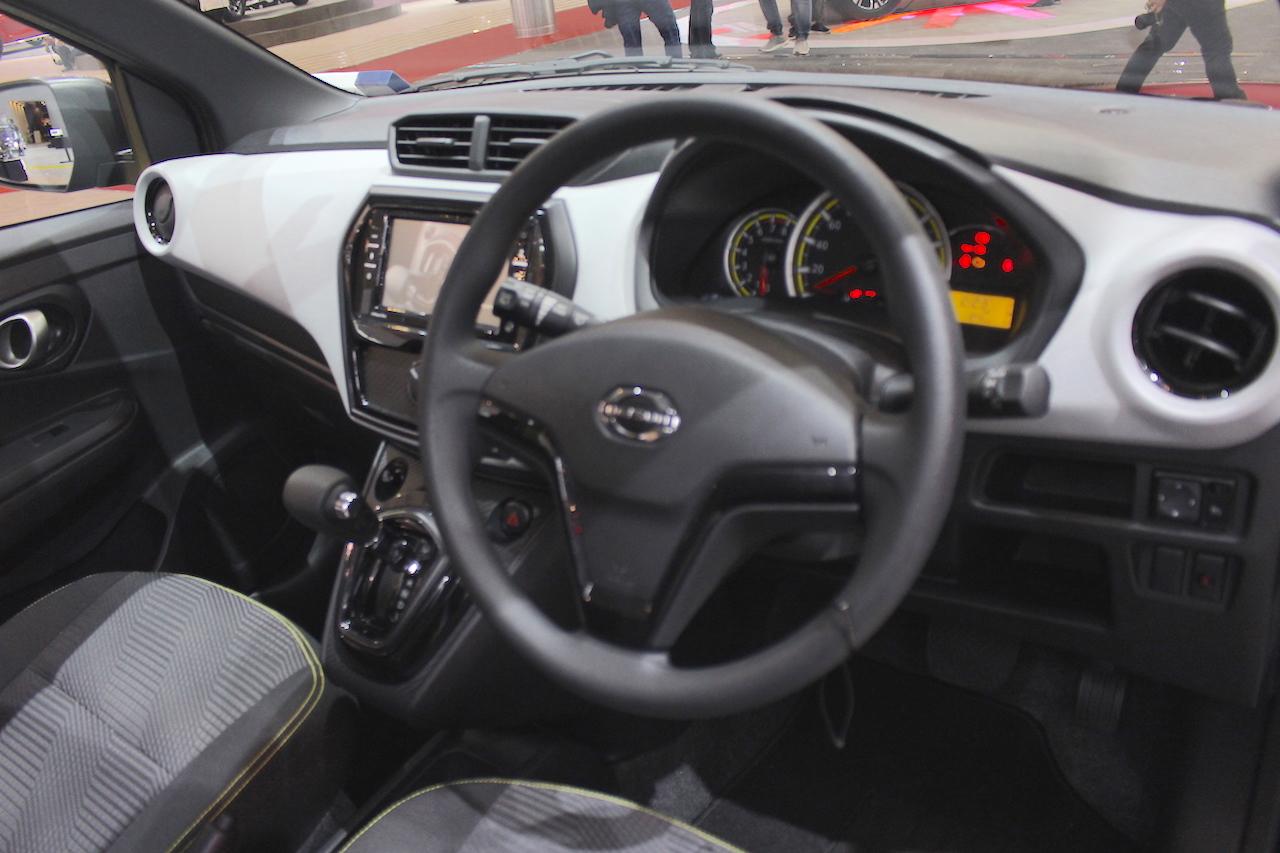 Datsun Go Live Black Interior At Giias 2018 8200