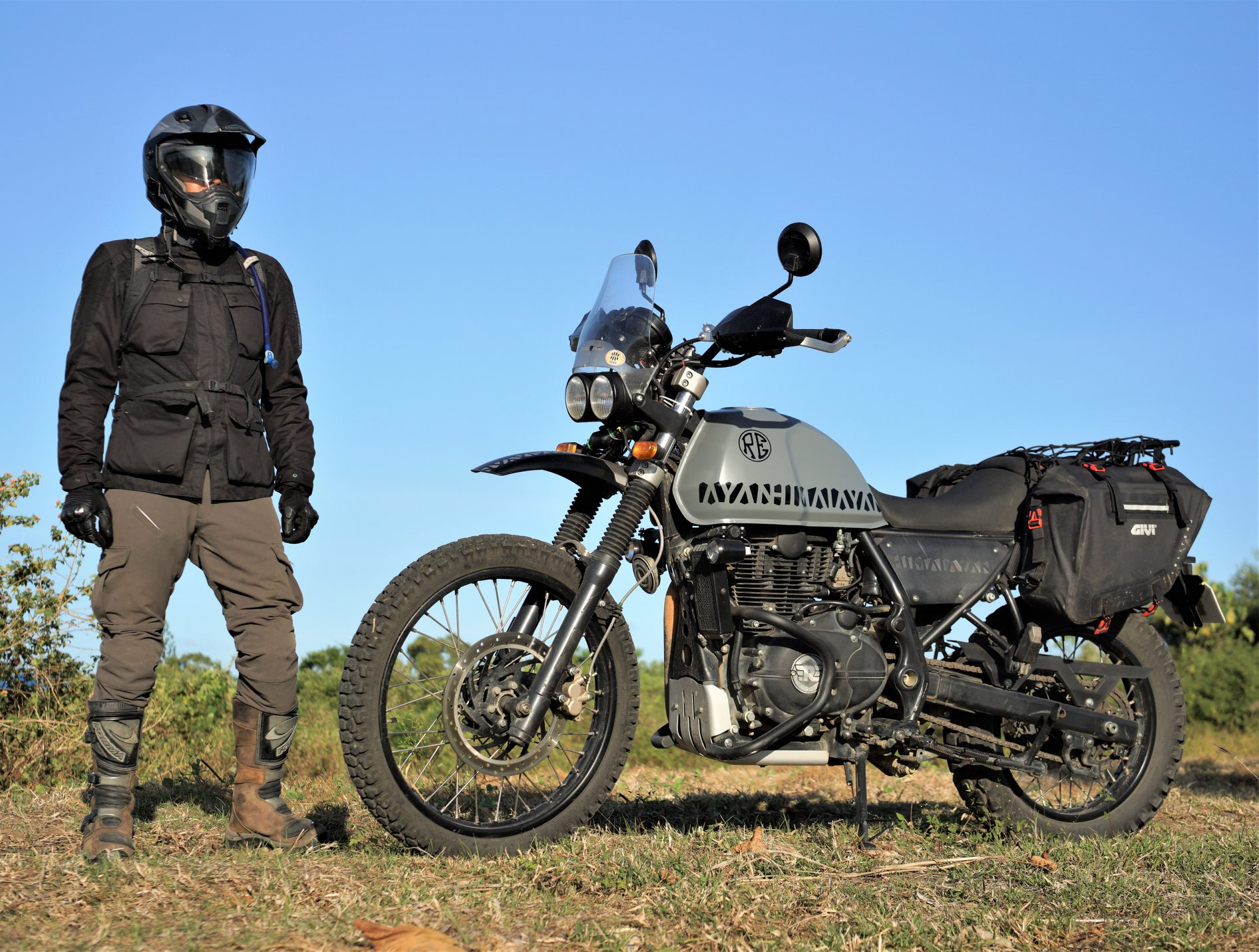 This Lightweight Royal Enfield Himalayan Scrambler From Philippines Is Home Made
